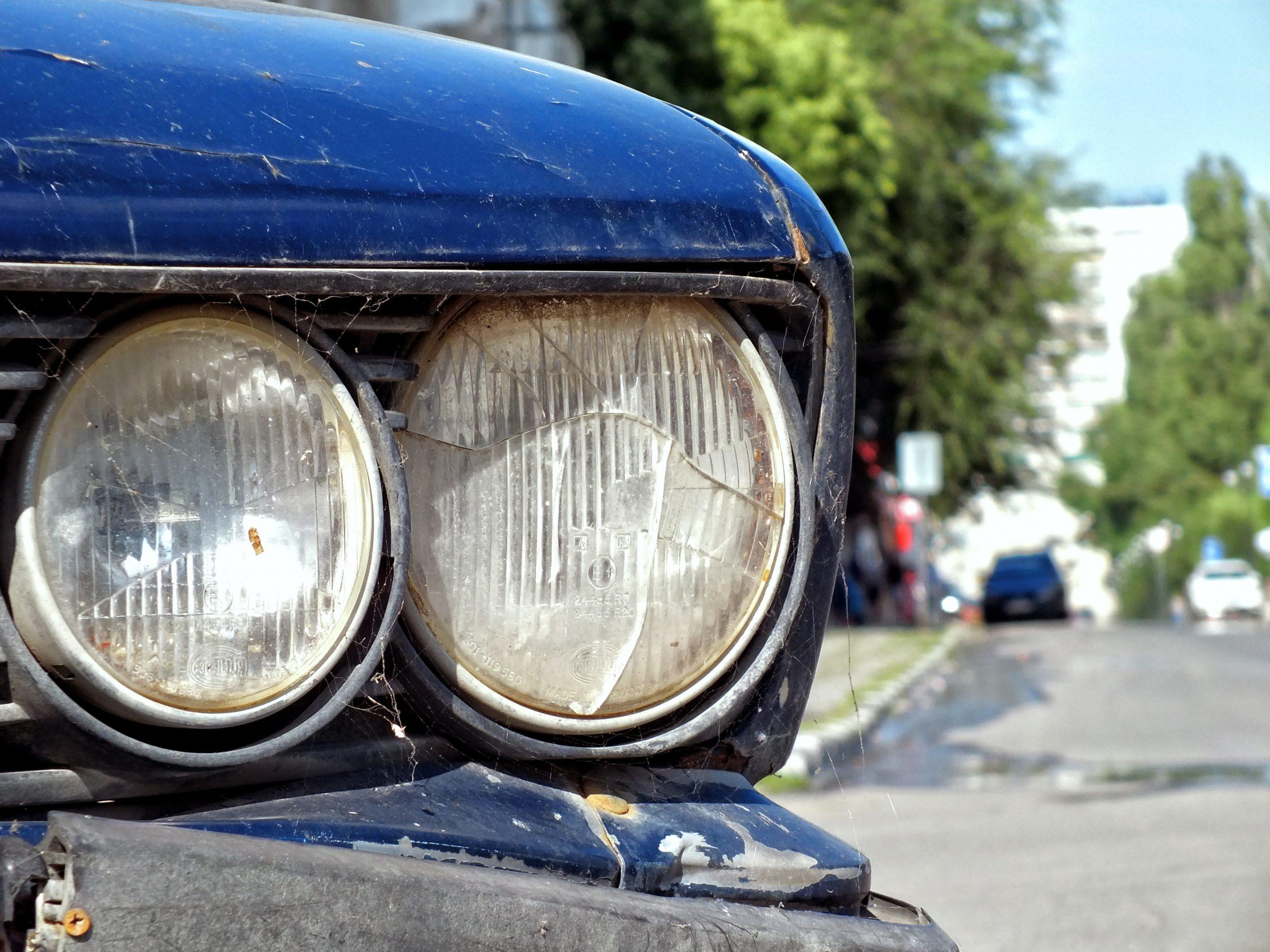 Schweizweite Abholung von Exportautos